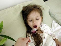 dziewczynka-lekarstwo-250.jpg