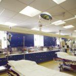 Sufity podwieszane w obiektach medycznych: ważna akustyka, ale i higiena