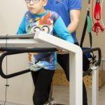 Laboratorium chodu pomaga dzieciom