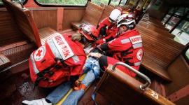 SMS wspiera Polski Czerwony Krzyż Zdrowie, BIZNES - Polski Czerwony Krzyż to instytucja niezwykle ceniona i znana praktycznie wszystkim Polakom jako organizacja działająca na rzecz zbiórki krwi dla osób potrzebujących.